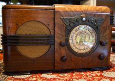 "RARE Vintage 1938 Detrola T 3 ""Egyptian"" Art Deco Radio   eBay"
