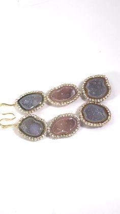 Tabasco Geode Earrings All heads will turn when you wear these amazing earrings.All heads will turn when you wear these amazing earrings. Dainty Earrings, Small Earrings, Cluster Earrings, Gemstone Necklace, Statement Earrings, Women's Earrings, Opal Jewelry, Beaded Jewelry, Handmade Jewelry