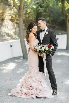 Photographed by Jasmine Lee, this California wedding is overflowing with romance and the prettiest blush and marsala florals we've ever seen!