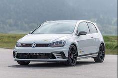 Volkswagen GTI Clubsport S O.CT, 370 ch http://news.autoplus.fr/Volkswagen/Golf-GTI-Clubsport-S/Volkswagen-golf-GTI-Clubsport-tuning-OCT-1516739.html#BetaAjudaBeta?utm_campaign=crowdfire&utm_content=crowdfire&utm_medium=social&utm_source=pinterest #TimBetaAjudaTimBeta #timBETA