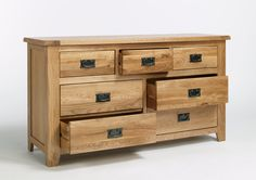 Western Oak Chest of Drawers