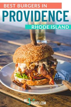 Here is where to find the best burgers in Providence, Rhode Island. Satisfy your cravings with bacon topped, craft burgers and sides at these burger joints. The Best Burger, Good Burger, Burger Fresh, Craft Burger, Plant Based Burgers, Sweet Potato Chili, Smoked Bacon, Easy Meal Prep, Veggie Recipes