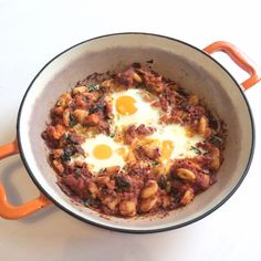 Ready to kick-start your weekend? This hash recipe is the perfect veggie option to get you on the front foot for the day ahead. Bbq Baked Beans, Bbq Beans, Real Food Recipes, Healthy Recipes, Corned Beef Hash, Hash Recipe, Sweet Potato Hash, Evening Meals, Beef Dishes