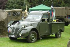 Citroën 2CV Royal Navy pickup for aircraft carriers (Built in Slough UK, by converting a standard civilian pickup)