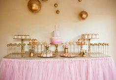 Pink and gold desert table