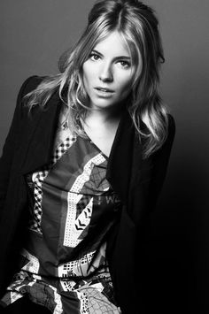 Sienna Miller by David Burton Photo Portrait, Portrait Photography, Woman Portrait, Glamour Photography, People Photography, Black And White Portraits, Black And White Photography, David Burton, Divas