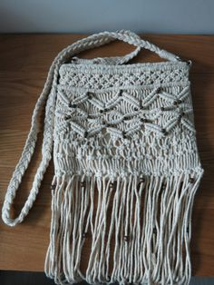 Vintage Knitted crochet cross body Bag with por TapiokaBoutique, $24.99