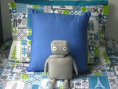 robot theme, LOVE the robot softie..so cauuuuute