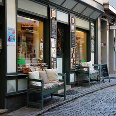 nice store in Erfurt (Krämerbrücke) - by Marko Tomasini