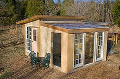 Chicken heated greenhouse - the answer to winter gardening in Canada @Lissa Kehres Bloomer