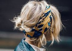 Autumn is here, which means it's time for cozy sweaters, cute booties, and laid back looks. There's something about this season's style that seems so effortless and free, and what a better way to reflect that feeling than with some easy hairstyles. Below are ten totally simple 'dos that work so well for Fall! Twist...