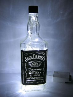 Luminária Jack Daniel's R$89.99