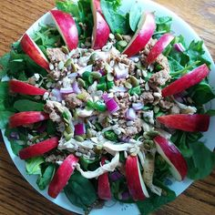 Leftover chicken & turkey salad with spring lettuces spinach red onion Serrano pepper raw sunflower seeds raw pumpkin seeds and an apple #instafood #food #whole30 #paleolife #cleaneating #eatclean #eatraw