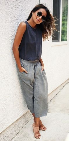 summer outfits  Dark Tank + Grey Wide Pants