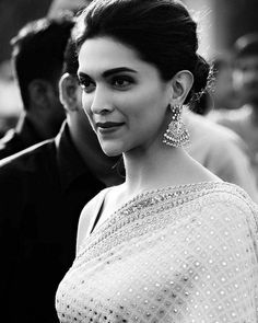 Deepika Padukone in a Sabyasachi Mukherjee saree, for Bajirao Mastani promotions. Photography by Shubh Sharma.