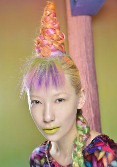 Unicorn hair backstage at Sophie Webster MAC London Fashion Week!