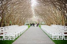 tree canopied wedding ceremony - photo by squaresvillestudios.com #wedding #outdoor #ceremony
