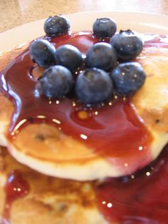 cookin' up north: Blueberry Pancakes