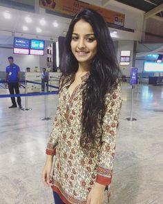 Mahima Makwana Cute And Beautiful Images Hd Indian Wife, Indian Girls, Indian Teen, Cute Girl Pic, Cute Girls, Beautiful Images Hd, Cute Couple Tattoos, Teen Actresses, Anarkali Dress