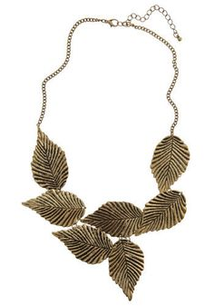 """(Leafing Town Necklace modcloth) the related yin yang personality/color/style systems have similar jewelry recommendations. irenee riter advice for jewelry for #autumn  includes = """"brushed gold"""" and """"chunky"""" (autumn corresponds to #type3  in related style systems) there is something else about it recommended by irenee riter."""