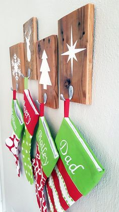 Don't have a mantel? Get yourself a few of these rustic stocking holders, made from salvaged wood. Christmas Wood, Christmas Signs, Homemade Christmas, Christmas Projects, Christmas Stockings, Christmas Holidays, Christmas Ornaments, Christmas Tables, Nordic Christmas