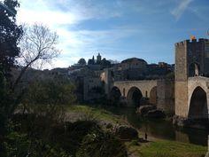 Castillo. Besalu. Girona
