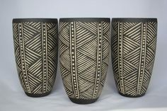 artpropelled: Sgraffito Pots by Demon Potters (via huamao)