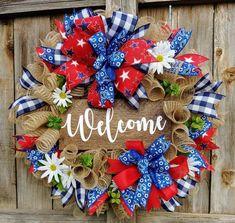 Patriotic wreath summer wreath welcome wreath country Spring Door Wreaths, Christmas Door Wreaths, Summer Wreath, Holiday Wreaths, Christmas Diy, Merry Christmas, Holiday Decor, Sunflower Burlap Wreaths, Wreath Burlap