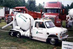LaFarge MINI Cement truck Small Trucks, Mini Trucks, Cool Trucks, Cool Cars, Mini Cooper Classic, Classic Mini, Classic Trailers, Classic Trucks, Smart Car Body Kits