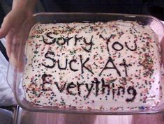 30 Random Funny Photos and Memes That Will Give You the Best Laugh of the Day - bemethis Funny Birthday Cakes, Pretty Birthday Cakes, Pretty Cakes, Cake Meme, Funny Cake, Ugly Cakes, Frog Cakes, Cake Wrecks, Just Cakes