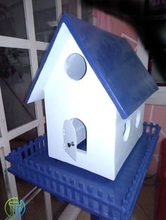 handmade House For Birds , made with cement panels and reinforced wood, covered with flexible cement and painted with anticorrosive modified alkyd enamel; for location outdoor Handmade House, Cement, Artisan, Enamel, Birds, Wood, Outdoor Decor, Painting, Home Decor