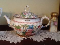 Featured Member Antiques: January 7 - Dusty Old Thing