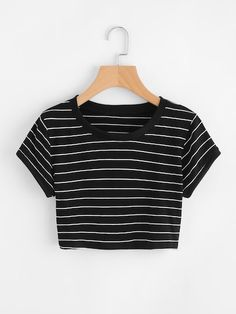 Casual Striped Regular Fit Round Neck Short Sleeve Black and White Crop Length Striped Crop Tee - Young Casual Striped Regular Fit Round Neck Short Sleeve Black Crop Length Striped Ringer Crop Tee Source by jaquelineseis - Crop Top Outfits, Cute Casual Outfits, Summer Outfits, Preppy Outfits, Girls Fashion Clothes, Teen Fashion Outfits, Cute Clothes For Teens, Fashion Dresses, Vetement Fashion