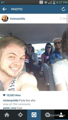 Party bus  woop woop! I see squid, hald Rosie's husband, rosie, and then half stanpy, Finball, and amy :) loves it