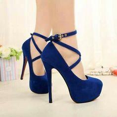 7f2bd523717f1 Deep Blue Suede Strappy High Heels Sapatos Bonitos, Saltos Altos, Saltos  Maravilhosos, Sandalia