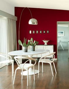 Benjamin Moore colour of the year Caliente, red paint colour on feature wall, dining room. Via BM, info via Kylie M E-design expert advice Red Painted Furniture, White Furniture, Red Feature Wall, Dining Room Paint Colors, Red Walls, E Design, Design Trends, Design Ideas, Cheap Home Decor