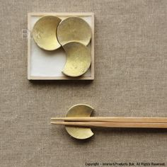 hashioki--chopstick rest--aesthetically pleasing and functional!