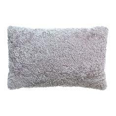 BJÖRKSNÄS Kuddfodral, fårskinn ljusgrå 299 kr från IKEA