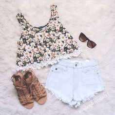 blouse top and shoes too shoes shorts pants tank top daisy top daisy top cute love pink lace summer summer outfits white yellow yellow top helps black 2014 fashion trends style thank tumblr girl tanktop tumblr t-shirt cute floral top fleurie dress shirt sunflower flowers brown sandles girly floral crochet sandals flowy green fashion outfit