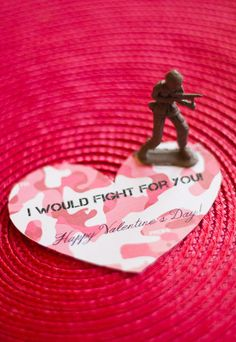 "Army guy valentines ""I would fight for you!"" (Or ""I can't fight this feeling anymore"") Five Creative School Valentines"