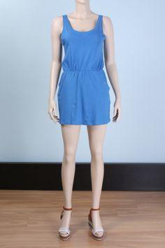 Cepleri kuş gözlü mini salalş elbise https://modasmile.com/home/177-cepler-kus-gozlu-mini-elbise.html# #elbise #penye #moda #alışveriş #trend #yazlık #kadın Mankenin Ölçüleri Boy:179cm. Göğüs:85cm. Bel:65cm. Kalça:94cm. Modelde kullanılan beden:6 Kumaş Karışımı %100Pamuk Etek kısmı dökümlü etek, etek kısmında yan cepler, ceplerde kuş gözü aksesuarı Diğer Sıcak yaz günlerinde, özellikle plaj veya sahillerde rahatça giye bileceğiniz %100 pamuklu penye sıfır kollu salaş elbise,