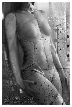 Daniel Fojt - Steel Muse - Future Amazons Series - XVII. Nude Photo Biennale - Finalist