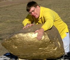 Largest Gold Nugget On Record | GOLD NUGGETS are often left by gold miners!