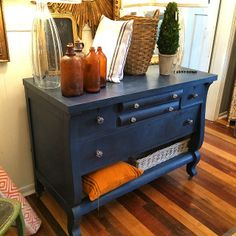Napoleonic Blue and dark wax from The Painted House Painted Furniture, Furniture Ideas, Furniture Design, Annie Sloan Chalk Paint And Wax, Napoleonic Blue, Dark Wax, Paint Ideas, Thrifting, Roman
