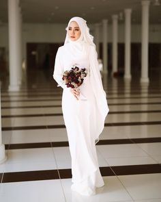Hijab Wedding: Likes, 102 Comments - Pastelina Batik : 25 Nov (Ace Methpra. Hijab Wedding: Likes, 102 Comments – Pastelina Batik : 25 Nov (Ace Methprajak) on Instagr… Wedding Hijab Styles, Hijabi Wedding, Muslimah Wedding Dress, Muslim Wedding Dresses, Muslim Brides, Muslim Dress, White Wedding Dresses, Bridal Dresses, Bridesmaid Dresses