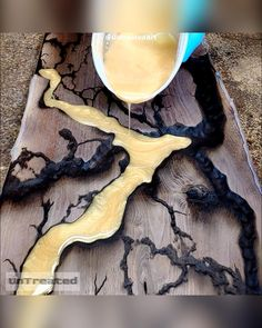 Diy Resin Table, Epoxy Wood Table, Epoxy Resin Table, Epoxy Resin Art, Diy Resin Art, Diy Resin Crafts, Wood Crafts, Woodworking Ideas Table, Woodworking Projects Diy