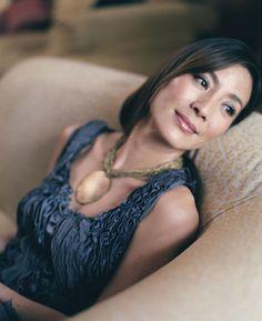 Michelle Yeoh - an ageless beauty. Michelle Yeoh, Ipoh, Most Beautiful People, Beautiful Asian Women, James Bond, Portraits, Ageless Beauty, Tiger, Beautiful Actresses