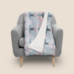 Discover «Scandi Waves», Numbered Edition Throw Blanket by DesigndN - From 59€ - Curioos