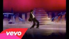 Michael Jackson - Don't Stop 'Til You Get Enough♥  CANTAVA   E ,  DANÇAVA  DEMAIS  E TINHA  UMA  BELA  VOZ  O MELHOR ♥
