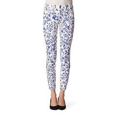 Skinny floral jeans. So cute.